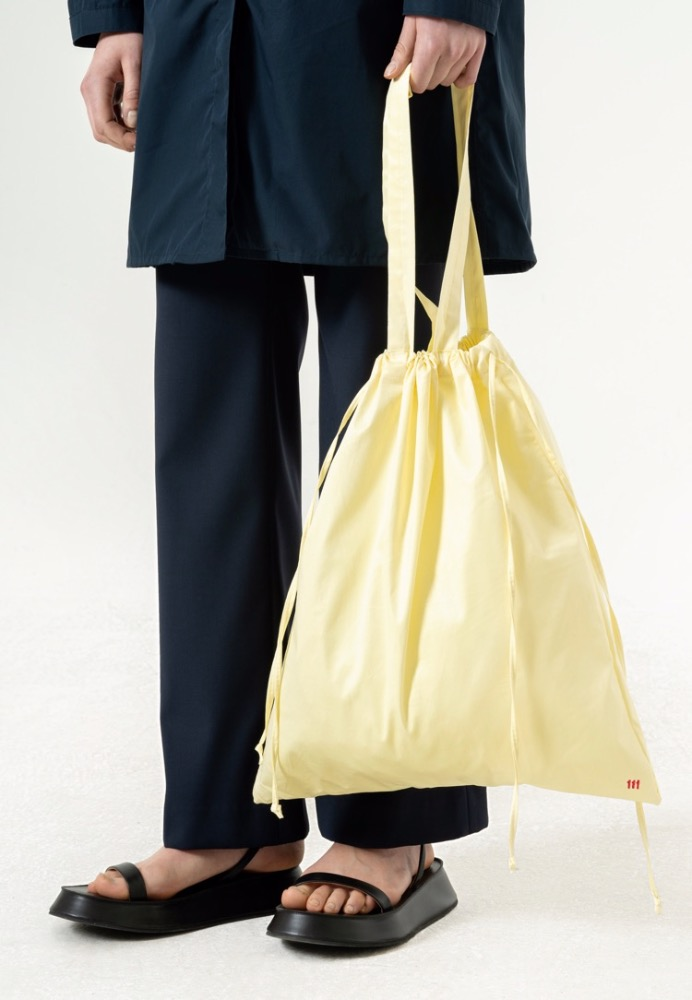 DRAWSTRING TOTE BAG(LIGHT YELLOW)