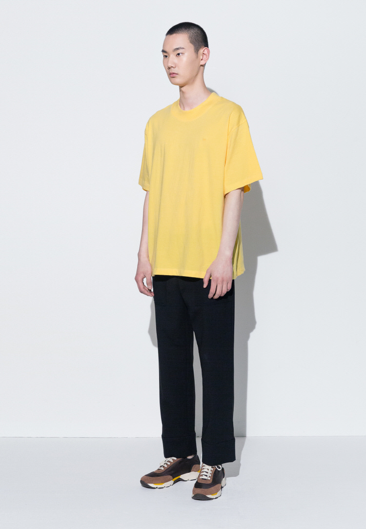 111 EMBROIDERED OVERSIZED T-SHIRT(YELLOW)