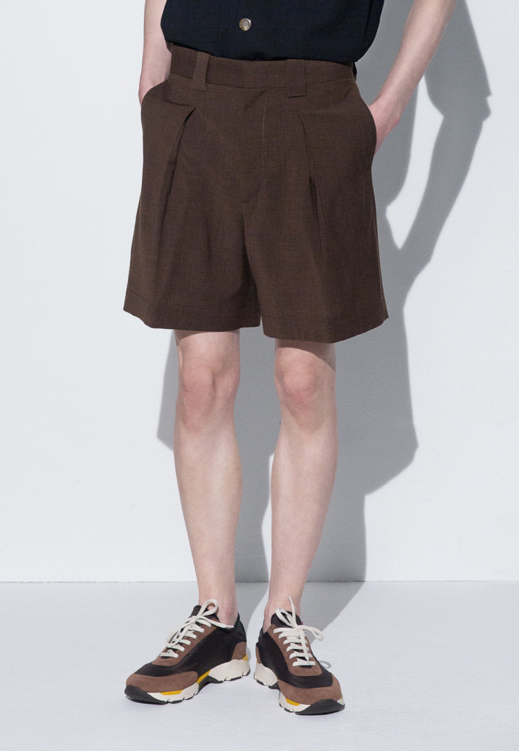 PINTUCK SHORTS(BROWN)